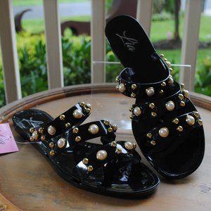 NWT NIB Jelly Sandal BLACK Pearls Toe Straps